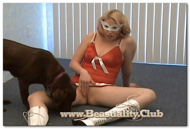 Aurora Bliss - Doggy Dildo Action Nodrm